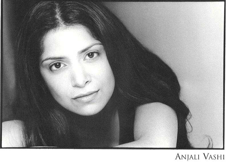 Anjali Vashi Headshot